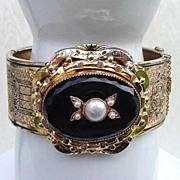 SOLD RARE CORO 1919 Bangle Bracelet Taille d'Epargne Genuine Pearl Onyx Signed