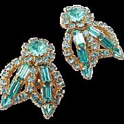 BG131 Big Amazing Sea Blue Crystal Rhinestone Designer Earrings Gold Tone Clip On Backs Vintage
