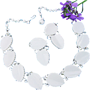 SALE Vintage Lisner White Thermoset Plastic Leaf Chunky Silver Tone Choker Necklace & Earrings