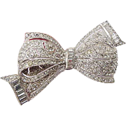 BG63 Larger 3.25inch Vintage Bow Tie Pot Metal Rhodium Plated Ice Clear Crystal Rhinestone Brooch Pin Art Deco