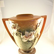 Nice BIG Roseville Art Pottery Vase - Magnolia Pattern - 9 inches