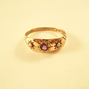 Charming late Victorian Amethyst and Seed Pearl Ring - 9 carat gold