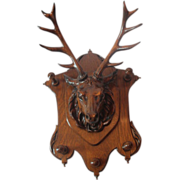 Magnificent  Oak Deer Carved Hanging Wall Rack