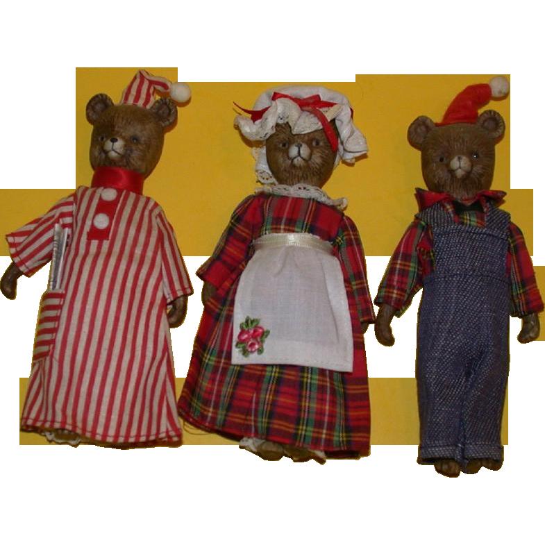 Adorable Vintage Three Piece Bear Family!