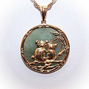 SALE Vintage 14K Gold & Jade Pendant - A Pair of Pandas!