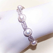 FOR THE BRIDE! 14K Gold, .50CT TW Diamond & 8mm Cultured Pearl Bracelet!