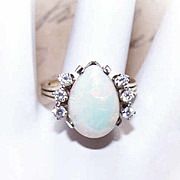 SALE ESTATE 14K Gold, 4CT Natural Opal & .30CT TW Diamond Ring!