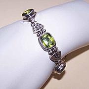 Vintage STERLING SILVER & Peridot Link Bracelet!