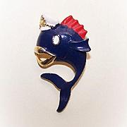 Vintage GOLD TONE Medal & Cold Enamel Pin/Brooch by Lind-Gal (LG) - Patriotic Whale!