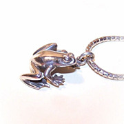 Adorable STERLING SILVER Pendant of a Frog/Toad by Kurt Morrison!