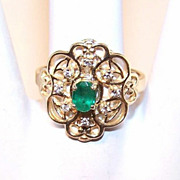 Lovely ESTATE 14K Gold & .30CT TW Emerald & Diamond Fashion Ring!