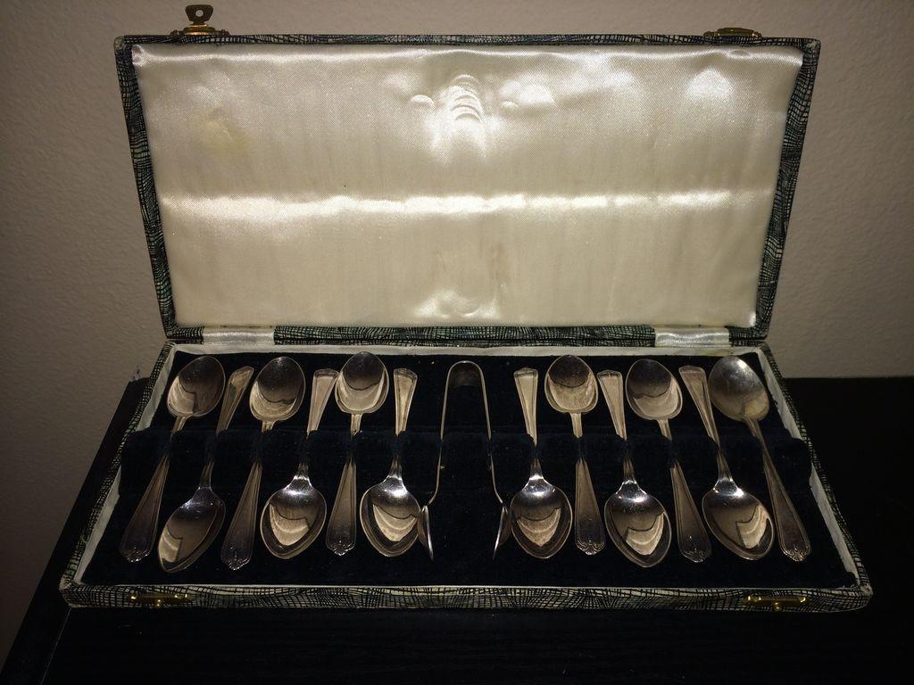 Vintage Boxed Set of Newbridge Of Ireland Demitasse Spoons with Sugar Tongs