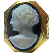 SALE Fine Vintage 10 K Gold Hard Stone Cameo Ring