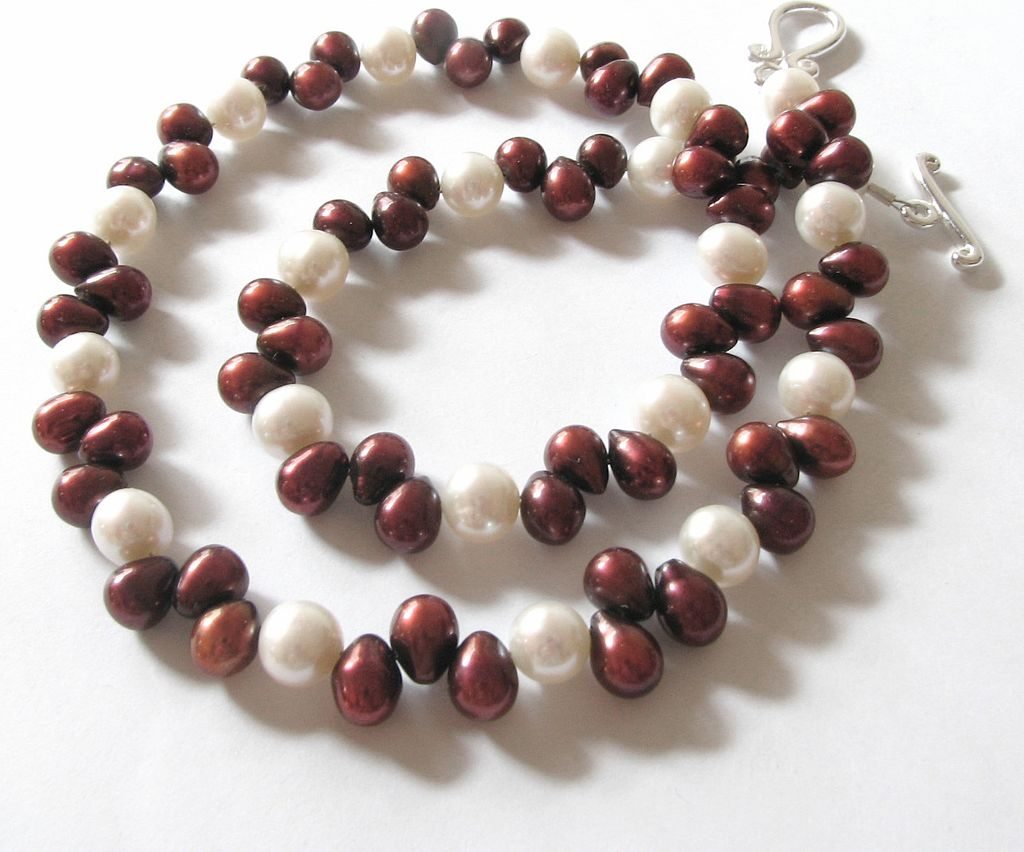 Iridescent Burgundy Red and White, Cultured Freshwater Pearl Necklace
