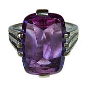 Art Deco 10k White Gold Amethyst Ring