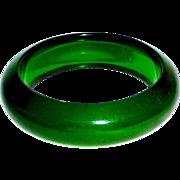 Chunky Prystal Green Bakelite Bracelet