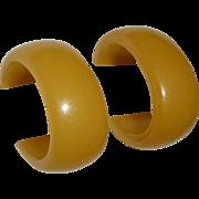 Light Butterscotch Bakelite Vintage Storestock Oval Hoop Post Earrings