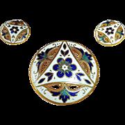 Set of 3 Mother Daughter Gilt Brass Enamel Buttons