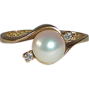 14k Yellow Gold Cultured Pearl Ring w Diamonds