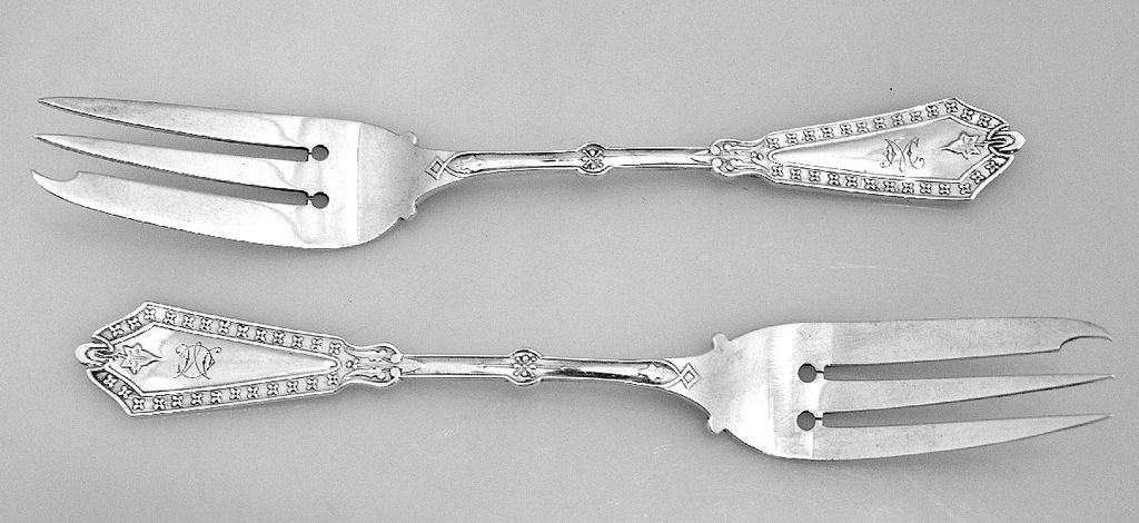 Cake Forks 2 Rosette Whiting 1890 Sterling Silver