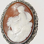 REDUCED Lovely Hand Carved Shell Cameo Brooch/Pendant