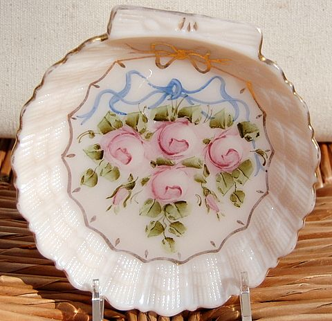 Vintage Hand Painted Shell Shape Dish