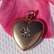 REDUCED Vintage 14K Gold Pearl Heart Pendant Charm