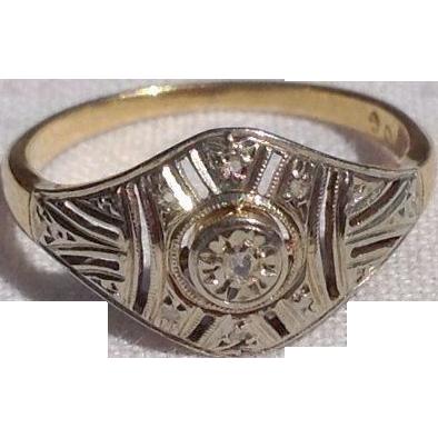 Lovely French 18K Gold Art Deco Diamond Ring