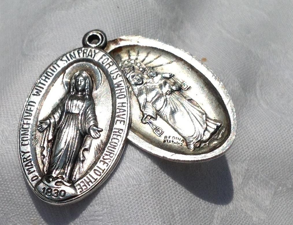 Large Vintage Regina  Sterling Silver Sliding Scapular Miraculous Medal