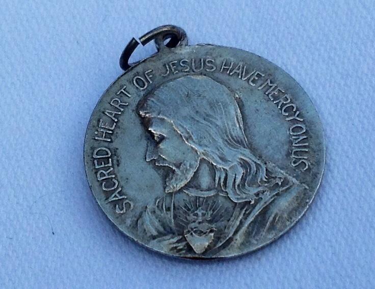 Vintage Sacred Heart Of Jesus Have Mercy On Us Silver Tone Medal