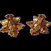 Vintage Gold Tone Metal Leaf Motif Clip Earrings
