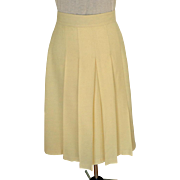 Custom Made in France Cream 100% Wool Pleated Skirt.  1980.  Classic.  Super Quality.