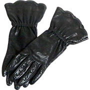 Black Kid Gauntlet Gloves.  Fully Lined.  Size 6 ½  Superb Quality.  Mint Condition.