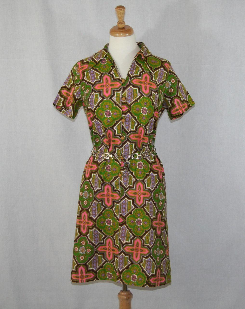 Vintage 1960's Mod Geometric Green and Pink Sheath Dress