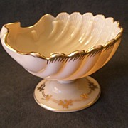 "Cambridge Crown Tuscan ""Sea Shell"" Footed Compote w/Gold Decoration"