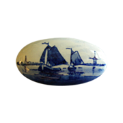 """SOLD Vintage Holland """"Delft"""" Design Porcelain Oval Brooch"""