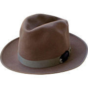 REDUCED Vintage Champ Featherweight Kasmir Finish Fedora Hat-1960's
