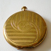 Pocket Watch Style Ladies Powder Compact