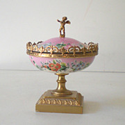 SALE Gorgeous Lidded  Victorian Powder Box w/ Cherub