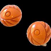 SALE 1930s Carved Bakelite Butterscotch Screw Back Earrings