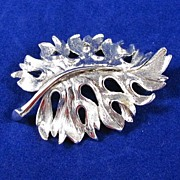 Vintage signed Monet Silver Tone Leaf Brooch Pin