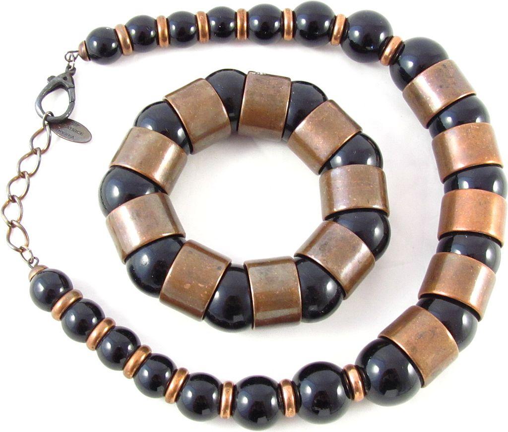 Gorgeous Italian Beatrice Ivrea Plastic Necklace Bracelet Set