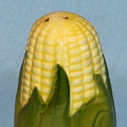 Shawnee King Corn small pepper shaker.