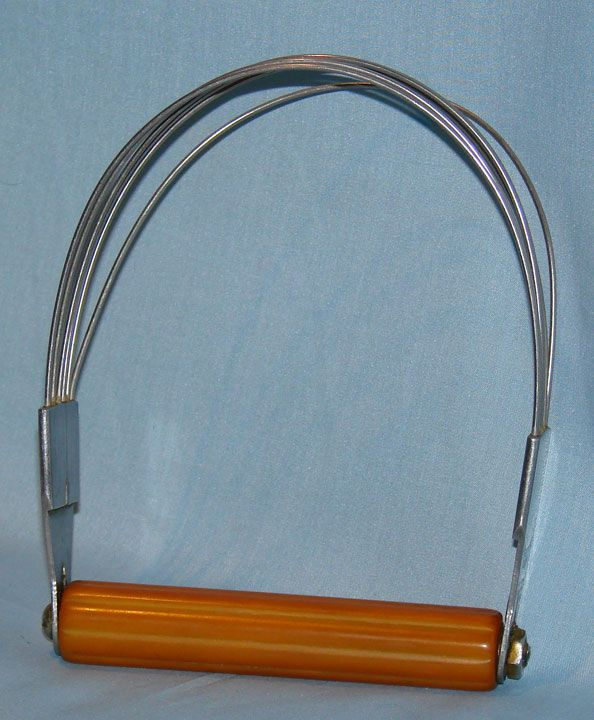 Androck pastry blender with butterscotch Bakelite handle