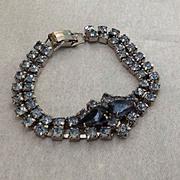 Blue rhinestone bracelet with teardrop stones