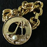 Gold tone Avon 18th hole golf theme bracelet