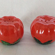 Japan Tomato salt and pepper shakers