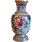 Cloissoné Vase with flowers and birds, early 20th century