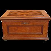 Antique burl wood vanity box, 19th century