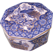 Imari hand painted blue and white box
